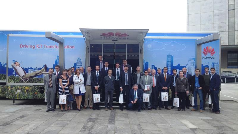 Coremain muestra una gran oficina movil en Galicia